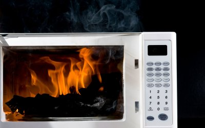 N95 Mask and a Microwave Causes a Fire