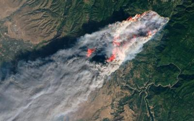 PG&E says its equipment probably ignited Camp fire