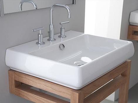 Obiecte sanitare pentru baie pe Henderson: chiuveta si baterii