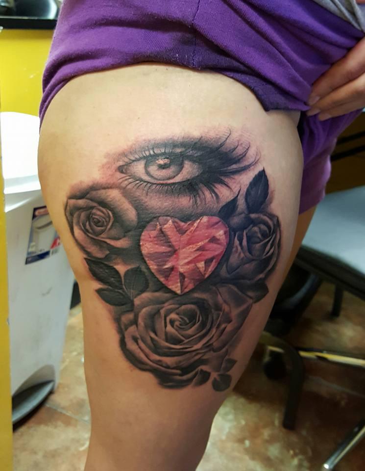 Hear of Roses Custom Tattoo - Firme Copias