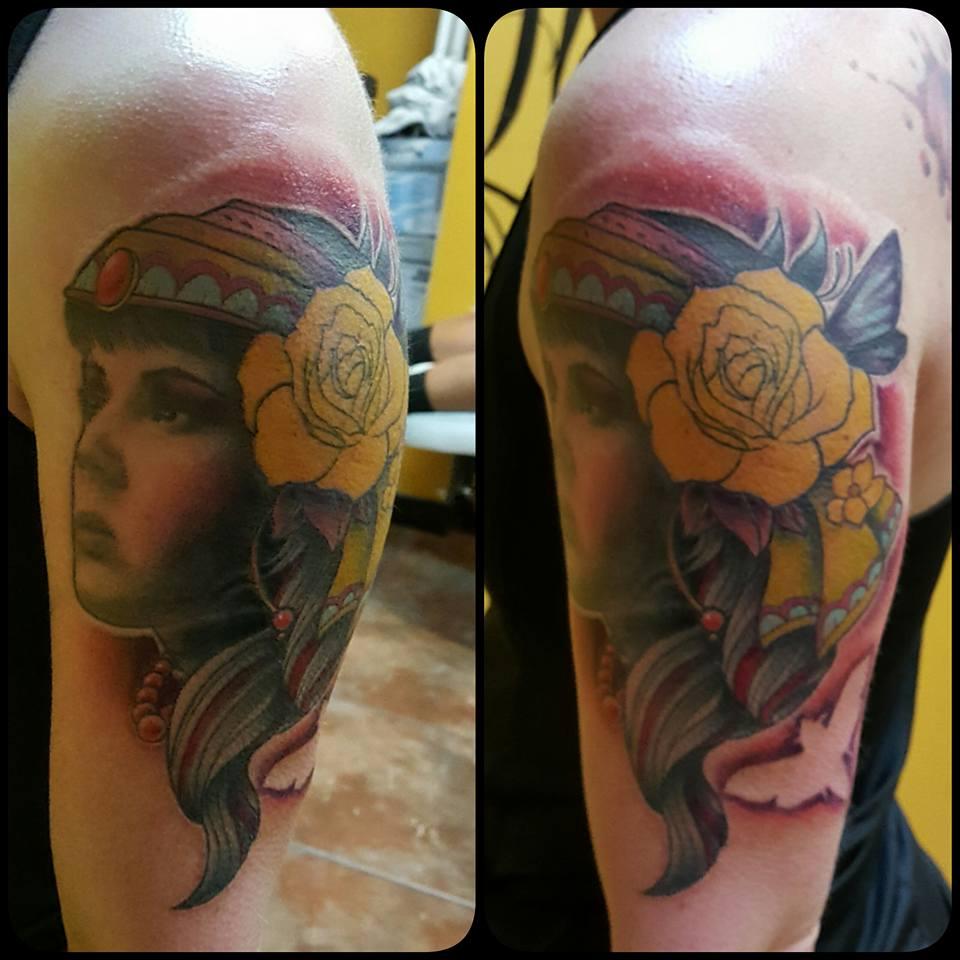 Lady Portrait Tattoo - Firme Copias