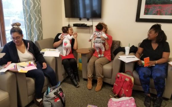 Parents As Teachers (PAT) Program brings Read To Grow to First Choice