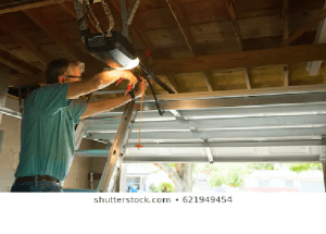 Choosing Between Garage Door Repair Or Replacement