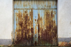 Preventing Common Sources of Damage to Your Garage Door