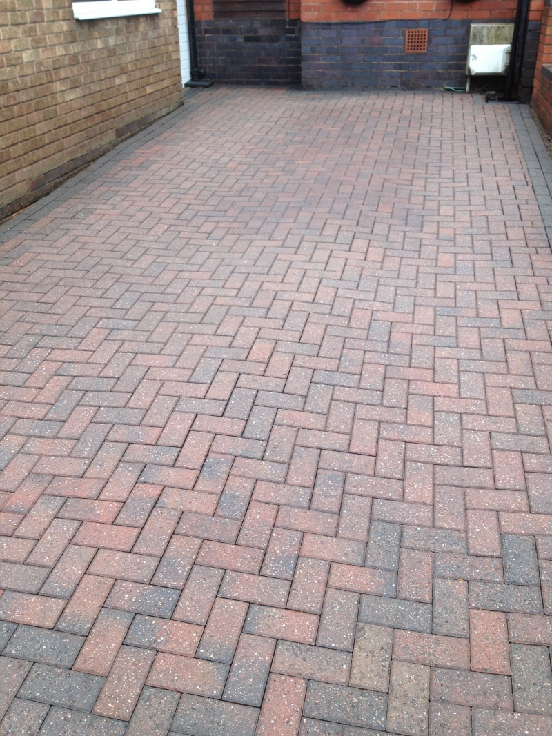 Tamworth Block Paving Cleaning  Patio Cleaning Tamworth  First Class Block Paving Cleaning