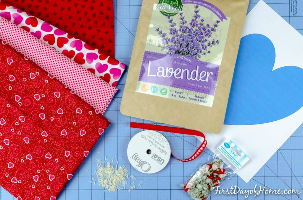 lavender scented microwavable heating pad