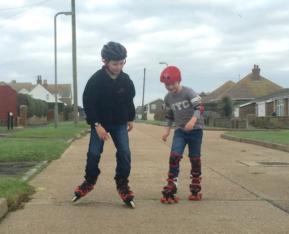 children-rollerblading
