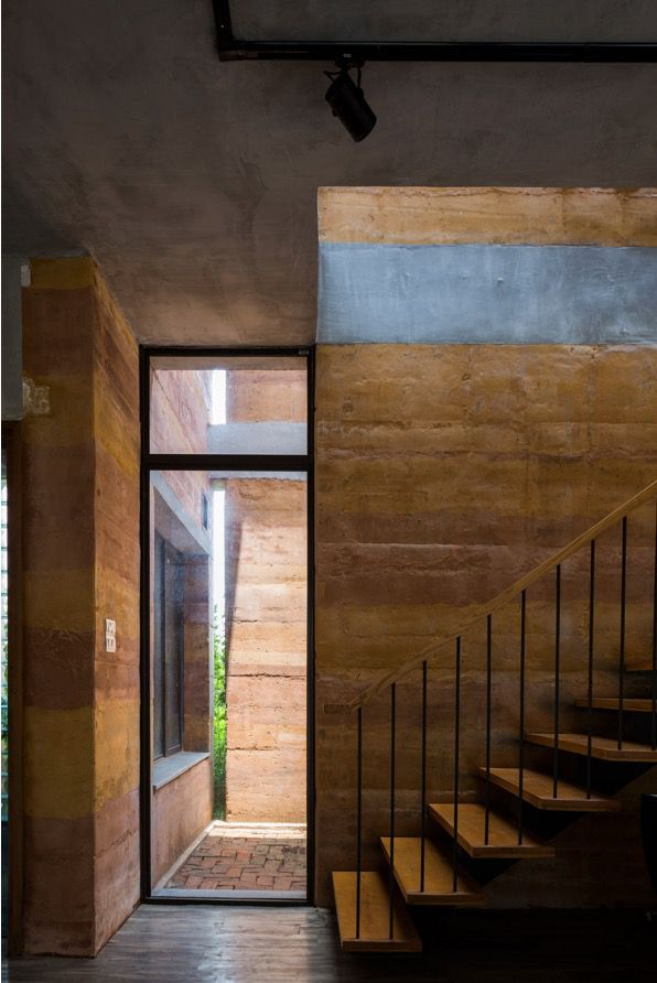 Vo Trong Nghia Architects Hanoi rammed earth house 3