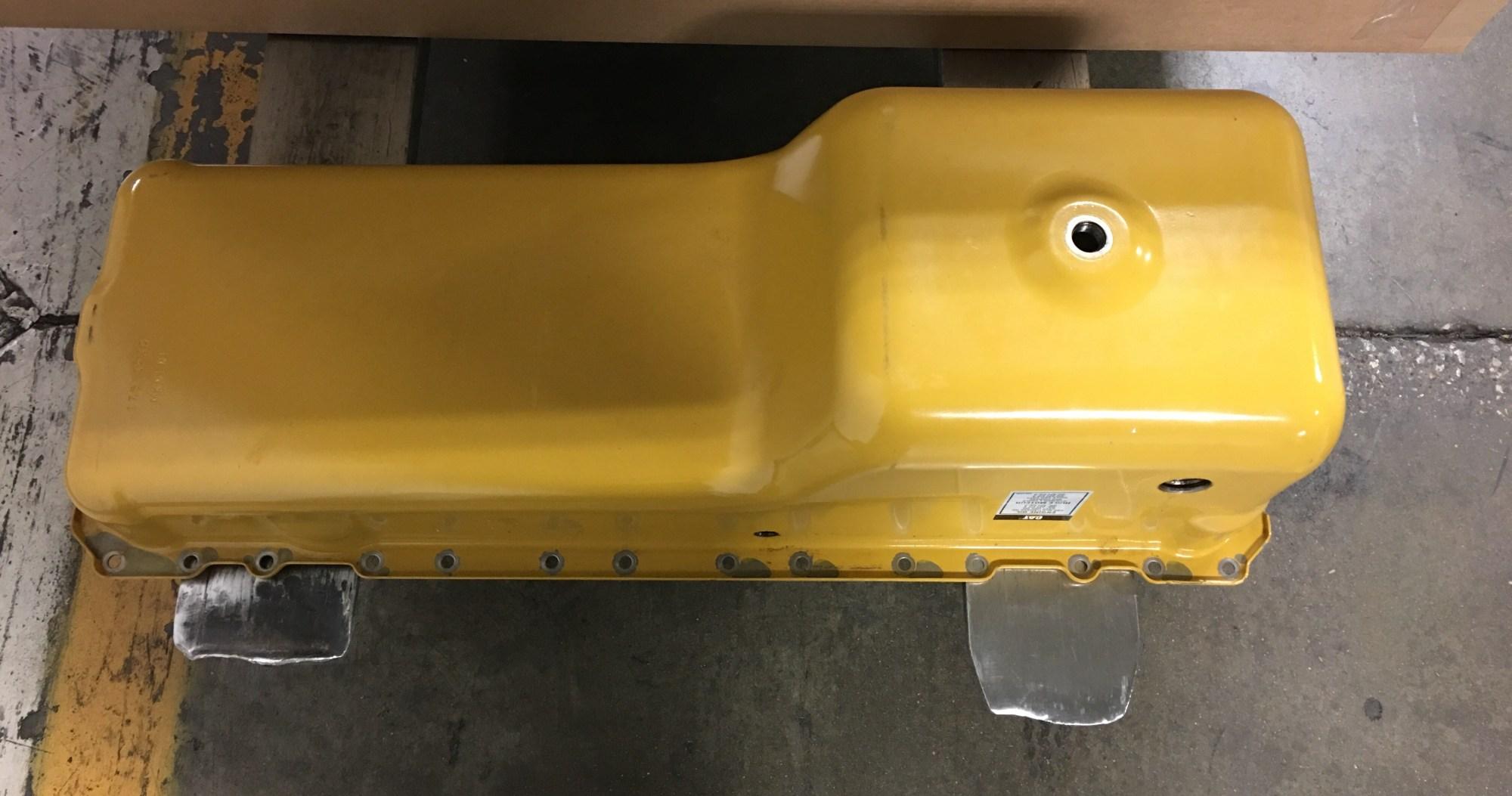 hight resolution of caterpillar oil pan 1753230