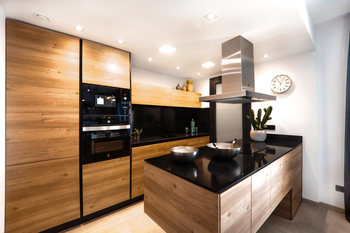 Kitchen Cabinet Replacement Or Refinishing Which Option Is