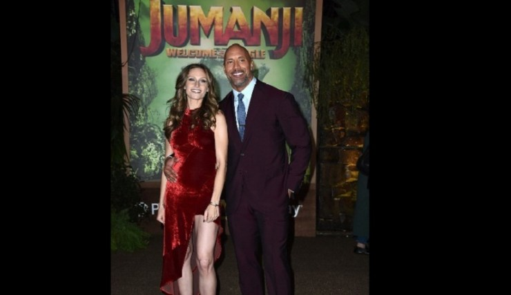 dwayne johnson at jumanji premiere 825