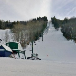 Chair Lift Accident Rocking Stainless Steel Ski In New Hampshire Injures Two First Tracks The Pinnacle Express Double Chairlift File Photo Granite Gorge Area