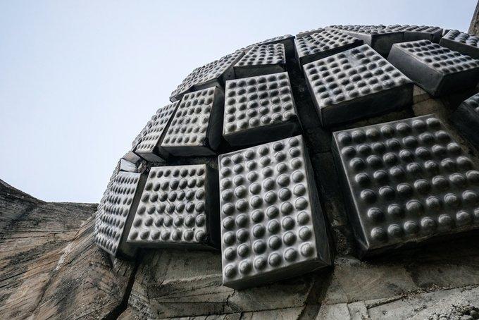 15. Moslavina Anıtının detaylı görüntüsü, Podgaric, Hırvatistan.