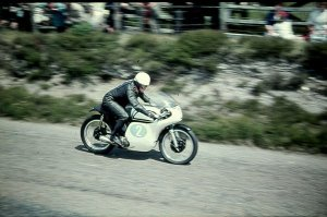 Jim Redman 1961 auf der Isle of Man TT. Foto: RedmanRacing