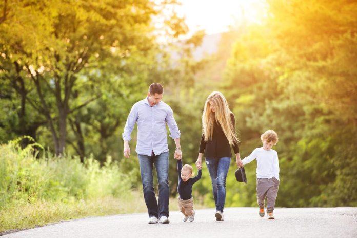 Famiglie con figli: quali agevolazioni è possibile richiedere attraverso l'ISEE?