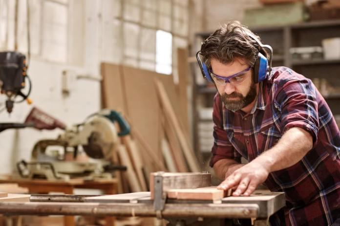 Artigiani e commercianti: istanza per la comunicazione della sospensione