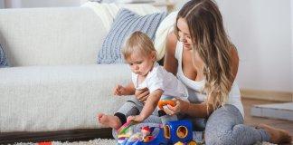 "Decreto ""Cura Italia"": congedo parentale straordinario e bonus baby-sitting"