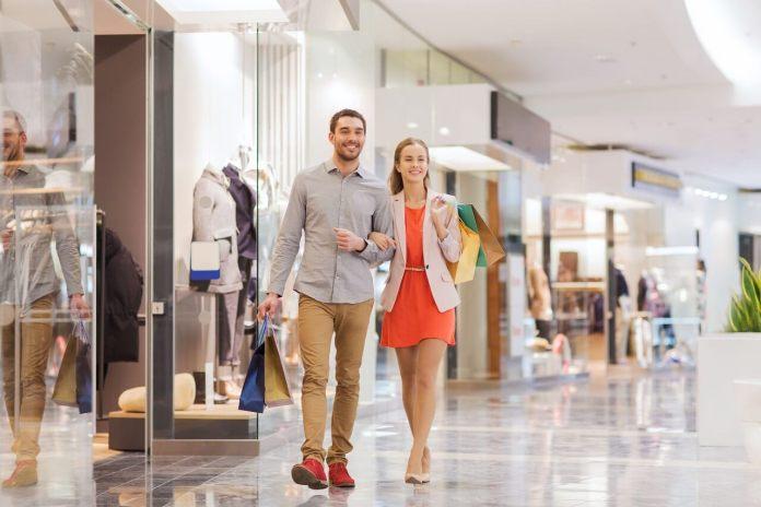 Contributo a fondo perduto: regole diverse per i negozi dei centri commerciali