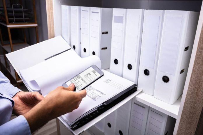 Come fare (bene) una scansione di un documento cartaceo con lo smartphone