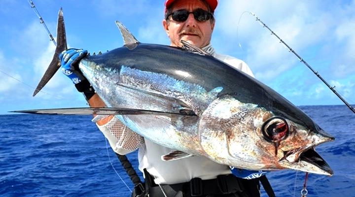 Looking to Buy a Fishfinder ?
