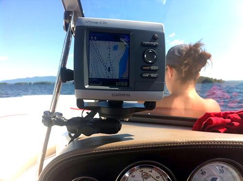 Garmin GPSMAP 431S GPS Dual Beam Combo Fish Finder Review