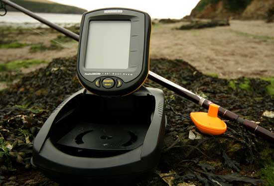 Humminbird PiranhaMax 230 Portable FishFinder