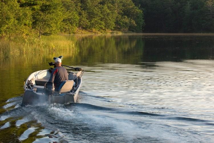Why Does My Boat Motor Smoke • Fishing Duo
