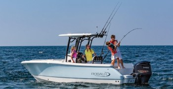 Robalo Boat Types | Find The Right Boat For You