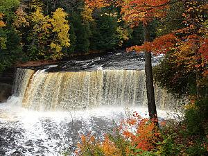 Michigan Fall Colors Wallpaper Upper Tahquamenon Falls Luce County Michigan Waterfalls