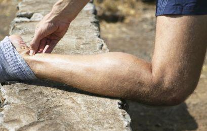 L'intervento chirurgico a un tendine potrebbe migliorare i sintomi bilateralmente nei soggetti con tendinopatia achillea