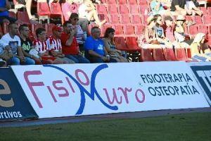 valla FisioMuro en el estadio del Mediterraneo