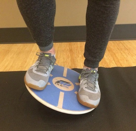 15 Great Balance Board Exercises You Should Absolutely Try