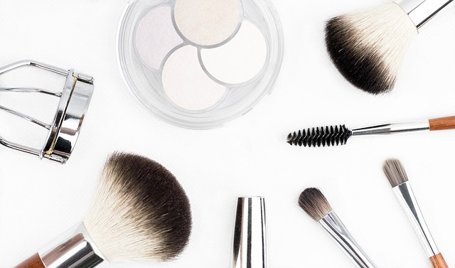 Cleanse & moisturize your sking to protect from makeup effects
