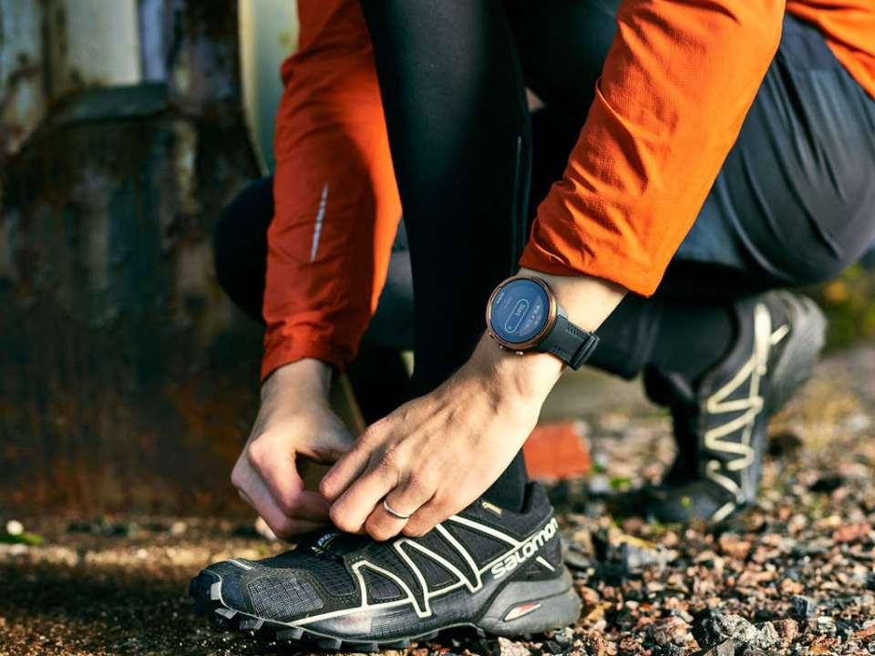 profesjonalny zegarek do biegania dla mezczyzny suunto ss050255000