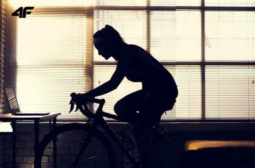 Spinning trening w domu indoor cycling