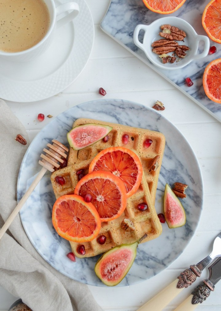 Vegan & gluten free chickpea waffles #vegan #glutenfree #healthy #cleanrecipes