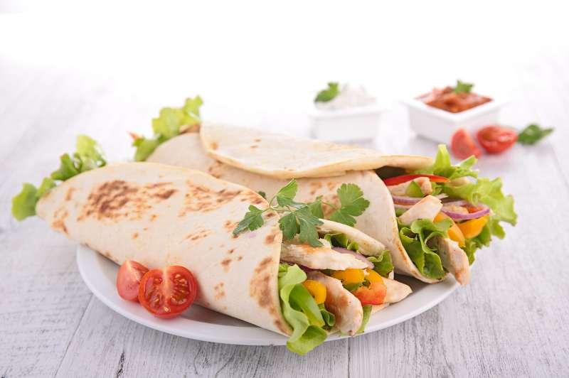 Mittagessen GemseWraps mit Paprika  FIT FOR FUN