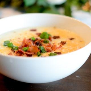 Loaded Cauliflower Baked Potato Soup (Instant Pot)