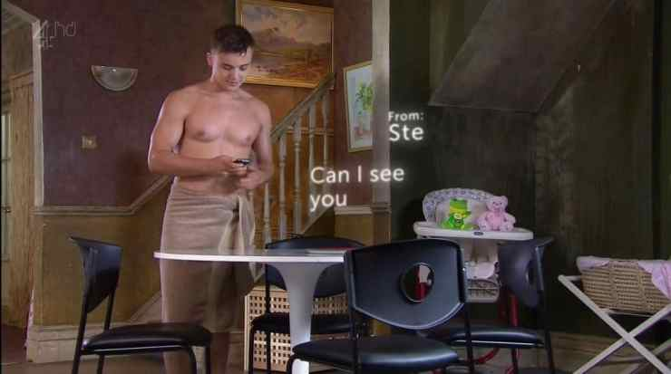 parry-glasspool-shirtless-in-towel-in-hollyoaks-3