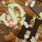 De schappen liggen er weer vol mee: Sinterklaassnoep. Klaar om de snoeppotten in kantoortuinen en keukenkastjes weer te vullen. Eraan toegeven betekent vaak een hele zak pepernoten in één keer leegeten. Hoe kun je deze verleiding weerstaan?