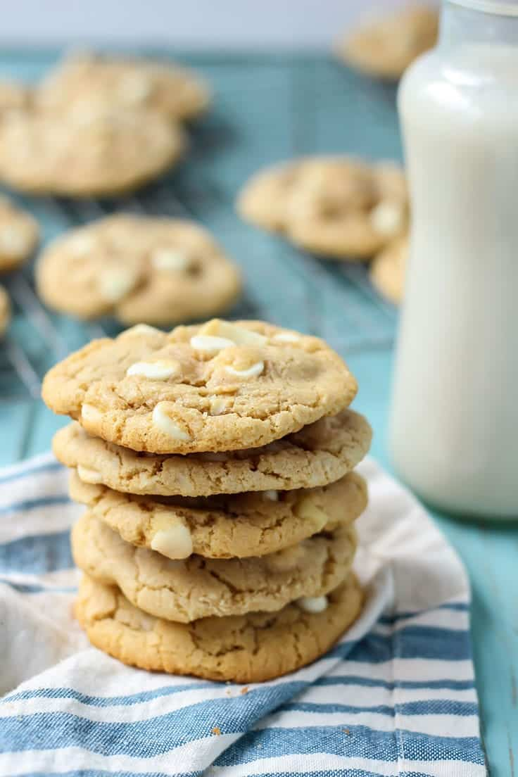White Chocolate Macadamia Nut Cookies made dairy free! Perfect with a tall glass of almondmilk.