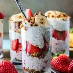 Kitchen Jars Yellow Rugs Strawberry Banana Chia Seed Pudding Parfait • Fit Mitten ...