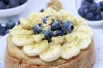 Pancake alla banana e mirtilli aromatizzato alla vaniglia