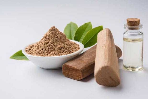Sandalwood and Rose Water Face Pack