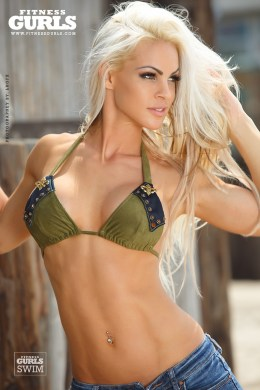 claire-rae-fitness-gurls-03