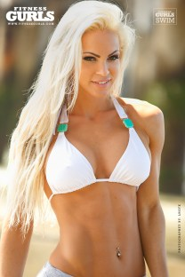 claire-rae-fitness-gurls-05