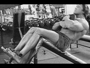 ProgrammeArnold Schwarzenegger entrainement Abdominaux