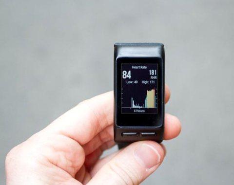 Garmin-vívoactive-HR-GPS-Smart-Watch,-Regular-fit