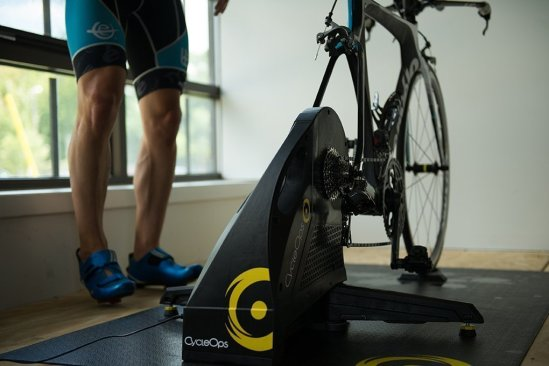 Best Indoor Trainer For Road Bike 2020 : (Top 5) Reviews 2
