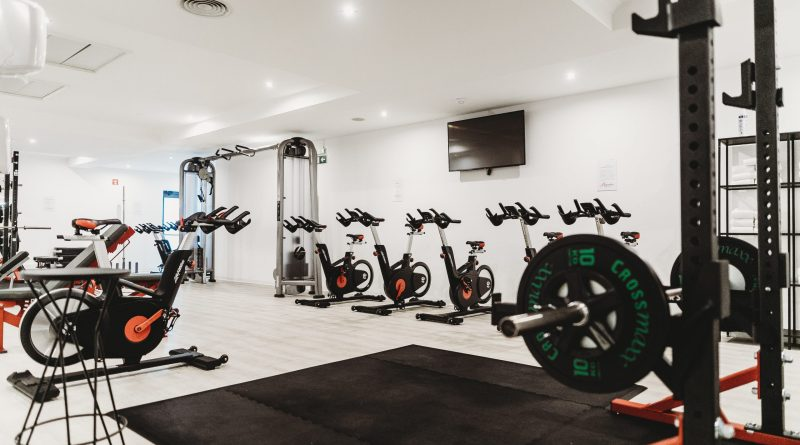 A modern clean gym for an effective fitness culture.